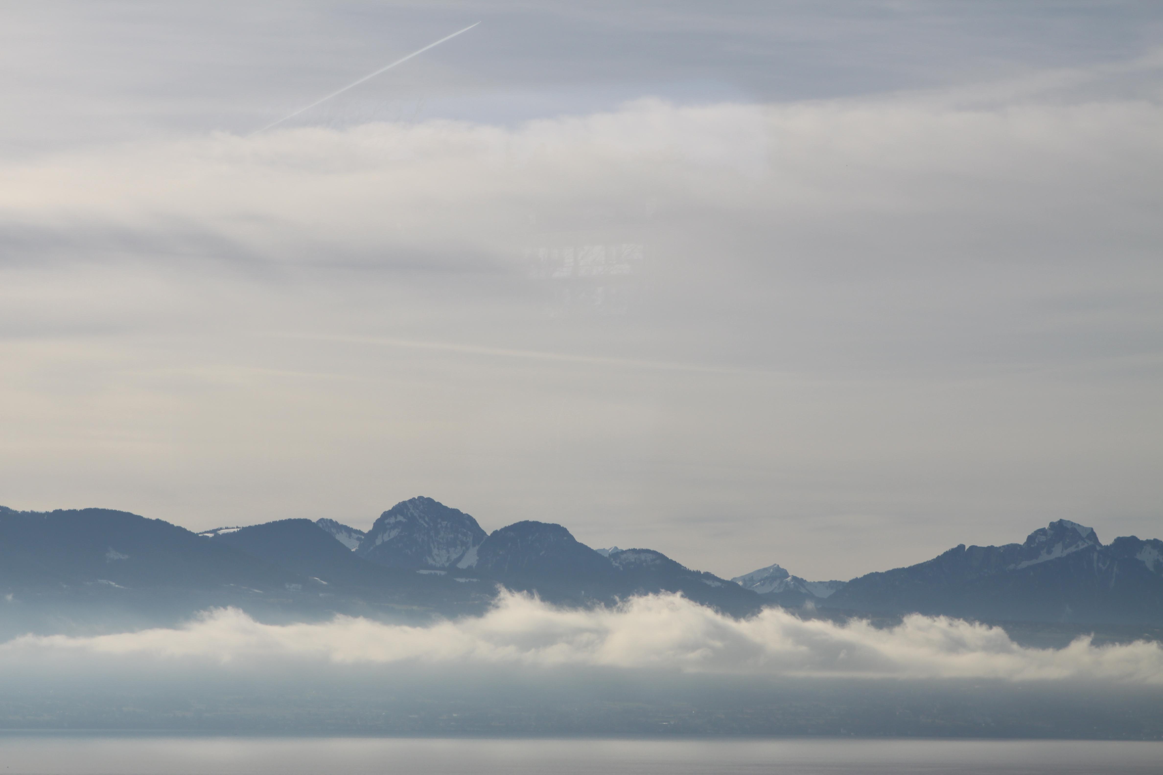 paysage, lach, nuage, montagne et ciel bleu
