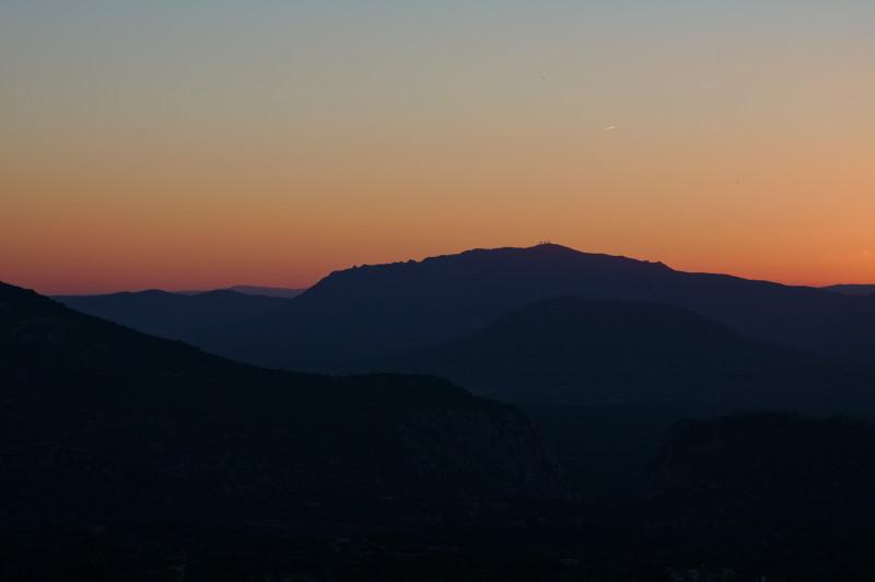 coucher de soleil sur les montagnes de Dorgali